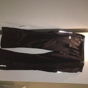Men's XL Under Armour jogging pants.